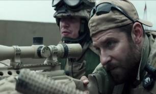 """(VIDEO) Michelle Obama ia apărarea controversatului film """"American Sniper"""""""