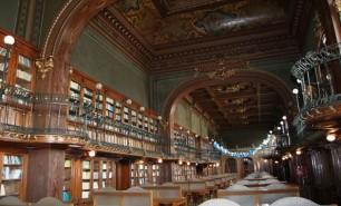 (FOTO) O bibliotecă din România, pe locul al doilea în topul celor mai frumoase biblioteci din lume