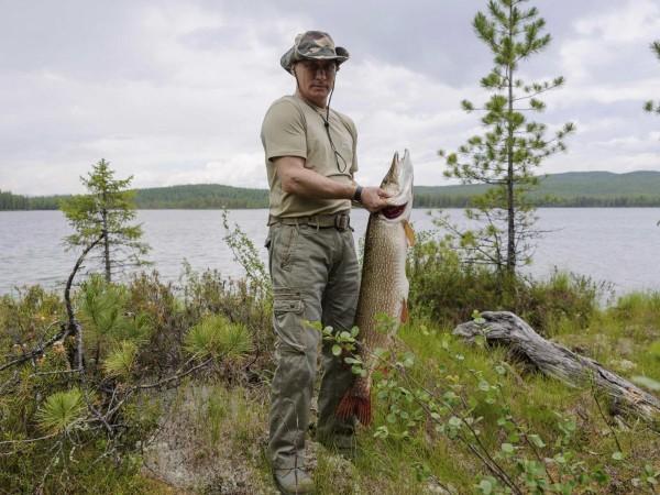 Putin este și un excelent pescar.