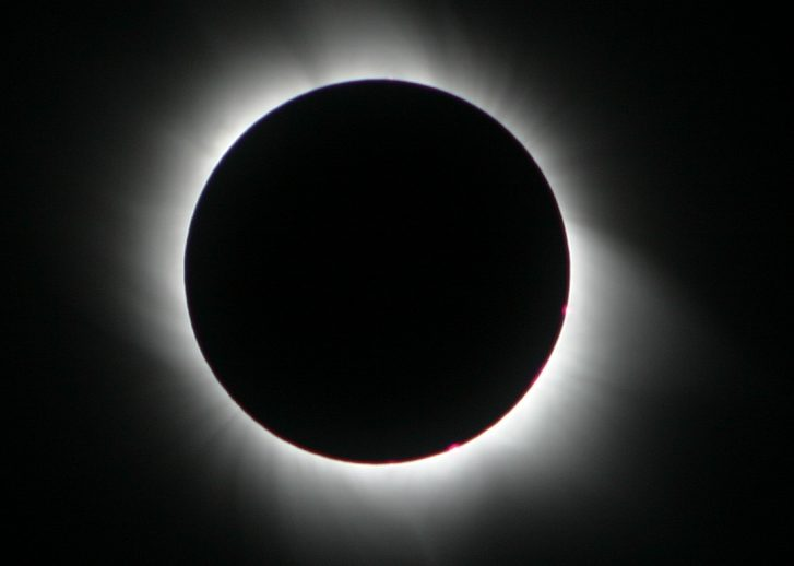 Eclipsa totală de Soare de pe 21 august, transmisă în premieră mondială prin streaming live, cu ajutorul unor baloane