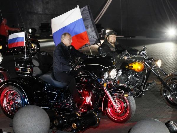Putin face parte și din consiliul biker-ilor ruși