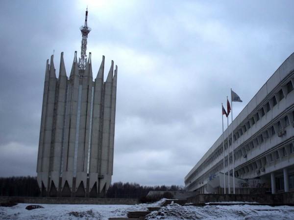 Centrul de Stat pentru Cercetare Științifică și Tehnică Cibernetică din Sankt Petersburg, o construcția ce te duce cu gândul la simboluri sataniste.