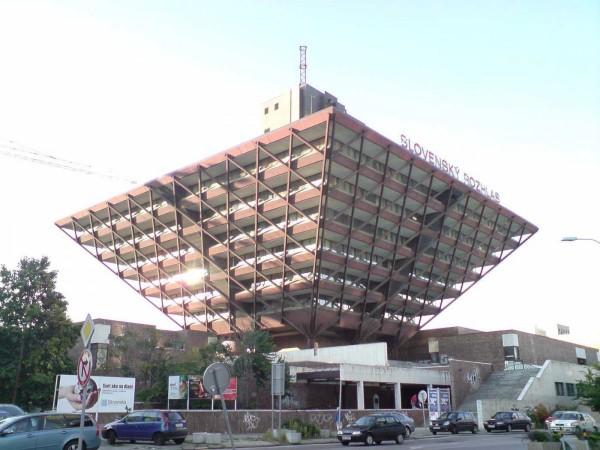 De 16 ani a fost nevoie pentru construcția acestei clădiri din capitala Slovaciei, Bratislava.