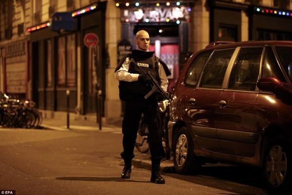 Autorităţile franceze au dejucat după 14 iulie planuri de atentate vizând mai multe clădiri