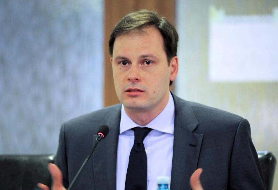 Chiril Lucinschi renunță la mandatul de deputat și părăsește PLDM