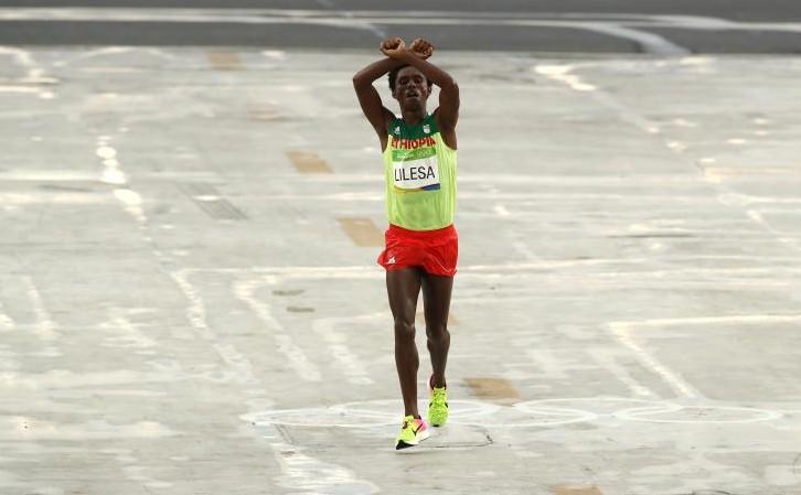 JO 2016: Medaliatul cu argint la maraton riscă să fie ucis la întoarcerea în țară; Iată ce gest a făcut
