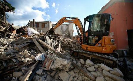 (VIDEO) Un nou cutremur în Italia: Noi pierderi materiale în Amatrice