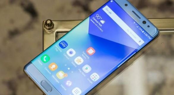 Samsung fură startul și ar putea ieși pe piață înainte de iPhone 8 cu o surpriză