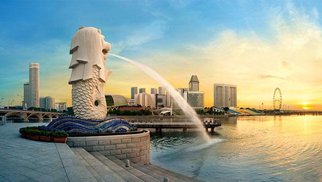 6. Singapore - 82,6 ani. În ultimii 30 de ani, durata medie de viaţă a crescut datorită metodelor terapeutice preventive dezvoltate în ţară.