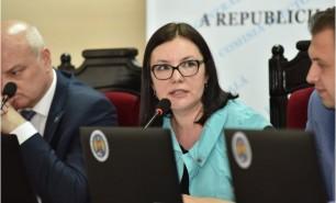 (FOTO) Șefa CEC, acuzată de Maia Sandu că ar fi proprietara unui site care a denigrat-o; Reacția Alinei Russu