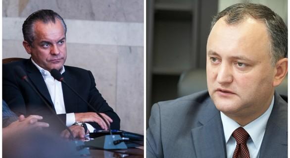 """Lilian Carp, despre inițiativa președintelui: Șeful a spus """"trebuie"""", Dodon a zis """"facem"""""""
