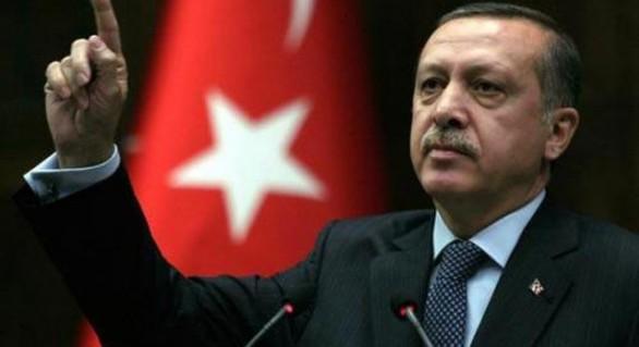 """Un jurnalist care a pus sub semnul întrebării rezultatul referendumului din Turcia a fost arestat: """"Nu vom tăcea"""""""