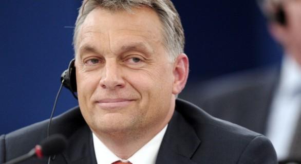 Înapoi la practicile comuniste: Guvernul Ungariei vrea ca elevii să studieze educația fizică patriotică
