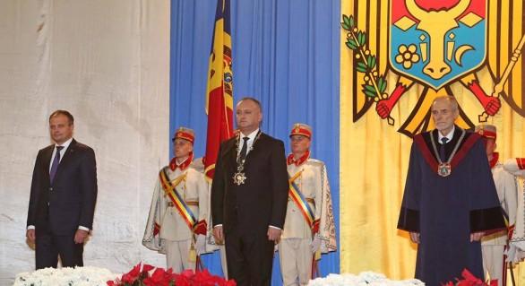 Politica moldovenească, mai interesantă noaptea decât ziua