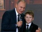 """(VIDEO) """"Graniţele Rusiei nu se termină nicăieri"""": Ce se ascunde în spatele glumei făcute de Putin"""