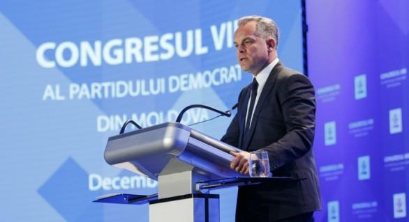 Vlad Plahotniuc vrea trecerea la sistemul uninominal ca să nu piardă puterea