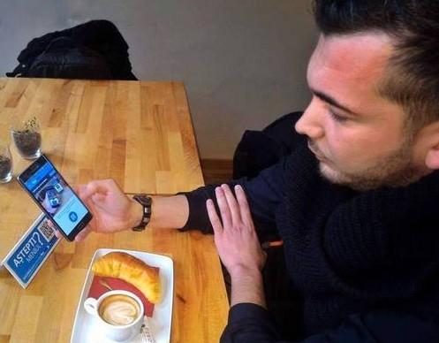 Aplicaţia care elimină chelnerul, creată de o echipă de IT-işti români, este folosită la New York