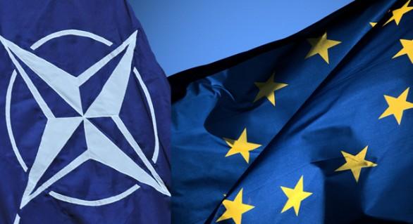 Vor fi șterse NATO și Uniunea Europeană de valul populist încurajat de Rusia?