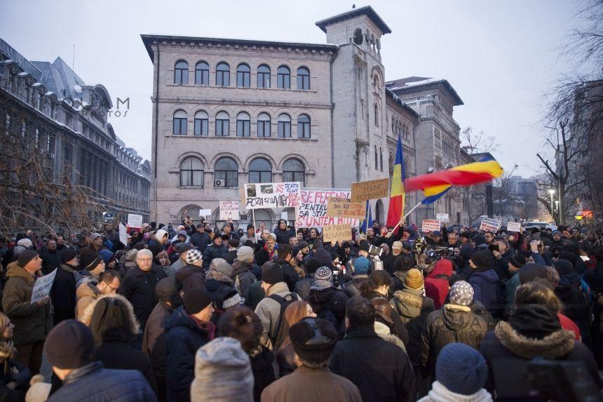 Imagini pentru proteste 22.01 2017