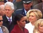 (VIDEO) Bill Clinton, prins de soție în timp ce se uita obsesiv la Melania Trump: Cum a reacționat Hillary Clinton