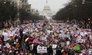 (FOTO și VIDEO) Cel mai mare protest din istoria capitalei SUA: Un milion de oameni împotriva lui Trump
