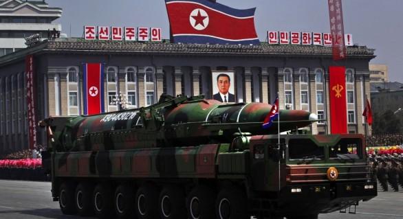Coreea de Nord poate fabrica 10 bombe nucleare