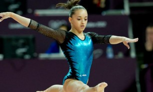 Gimnasta română Larisa Iordache s-a retras de la concursul de Cupă Mondială de la Stuttgart