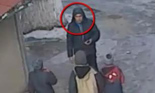 (VIDEO) Culmea hoției în capitală: Doi copii, jefuiți în plină stradă de un necunoscut