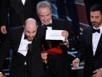 (VIDEO) Probabil cea mai mare gafă din istoria Oscar: Cum s-a întâmplat să fie anunțat filmul greșit