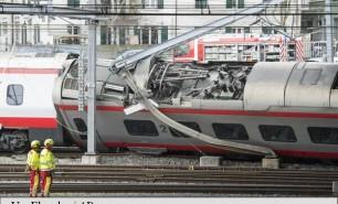 Tren internațional, deraiat în Elveția. Mai multe persoane au fost rănite