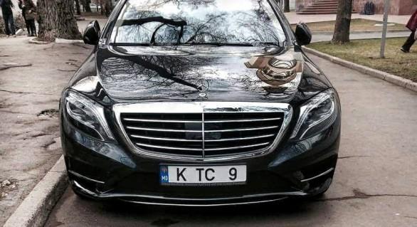 Democratul Constantin Țuțu și-a luat un nou Mercedes de lux în valoare de cel puțin 80.000 euro