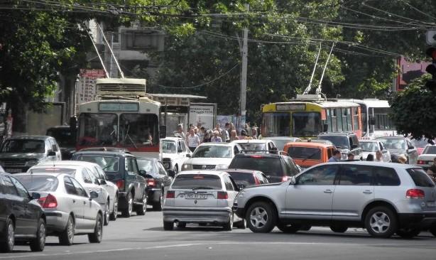 """Transportul din Chișinău este în continuare în """"haos"""": Ce spun consilierii PSRM"""