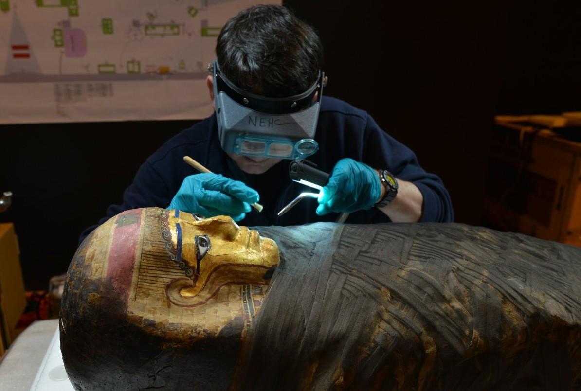 (GALERIE FOTO) Ce se află în interiorul unei mumii? Experţii au reuşit să afle secretele egiptenilor