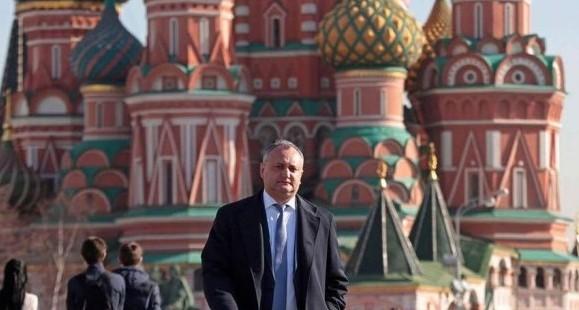 Dodon pleacă, din nou, la Moscova; Putin l-a invitat la ceremoniile din 9 Mai