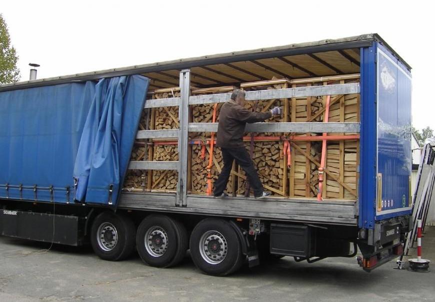(STUDIU) Transportul de mărfuri în Republica Moldova a crescut: Care sunt cele mai solicitate mărfuri