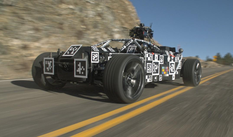 Vehiculul care poate fi transformat pe loc în orice model de mașină