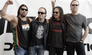 (VIDEO) Colecţia impresionantă al celui mai mare fan Metallica din lume