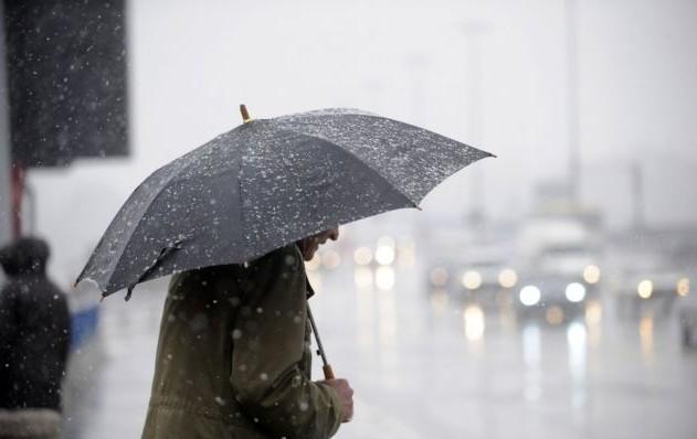 (METEO) Ploi slabe în toată țară: Ce surprize ne mai rezervă vremea