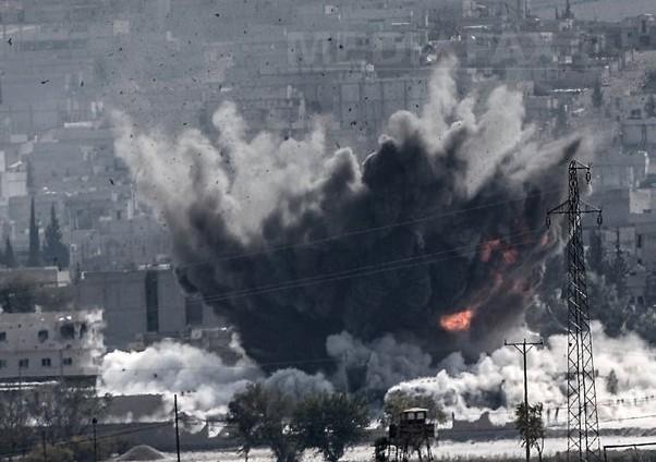 Cel puţin 16 morţi, în urma unui raid aerian asupra unei închisori a rebelilor sirieni