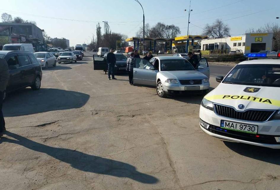 (FOTO) Polițiștii de patrulare, în căutare de taximetriști nedisciplinați