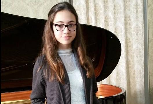 """(VIDEO) O moldoveancă stabilită cu traiul în Portugalia a impresionat juriul de la """"Românii au talent"""""""