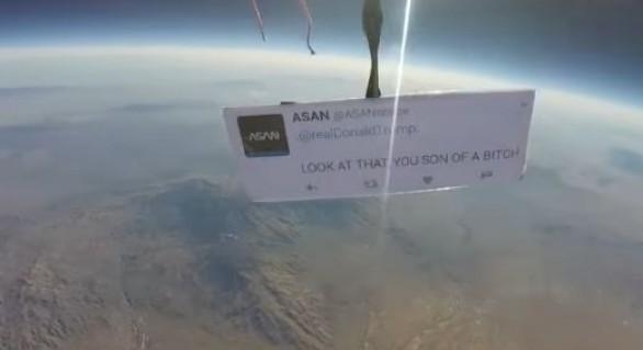 """(VIDEO) Și în stratosferă se protestează împotriva lui Trump: """"Privește asta, nemernicule"""""""