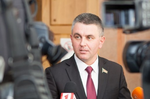 (VIDEO) Liderul de la Tiraspol respinge ideea lui Dodon privind votul mixt