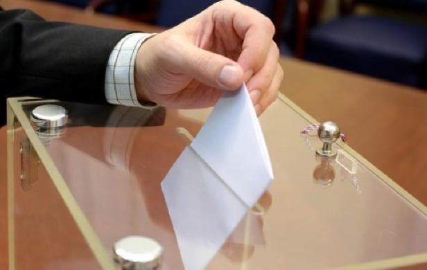 Alegeri în Franța: Cine sunt candidații de pe primele locuri în exit-poll-uri