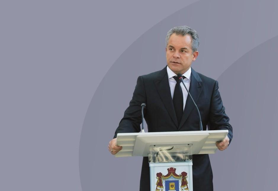 Este omul care controlează toată Moldova, dar își iese din minți când se întâmplă asta. Care este complexul lui Plahotniuc