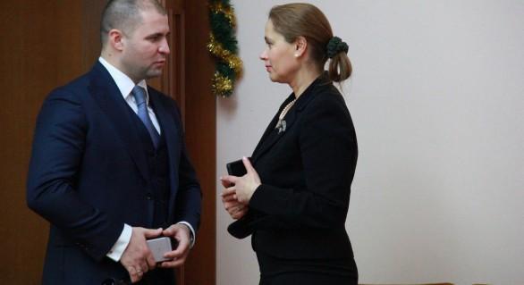 Cine este și ce avere are supliantul lui Alexandru Tănase la Curtea Constituțională