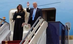 """Donald Trump, întâmpinat la Riad cu mesajul """"Împreună vom triumfa"""""""