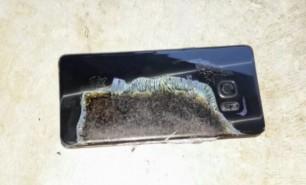 Compania Samsung, dată în judecată din cauza altor telefoane care explodează: Ce modele riscă să ia foc