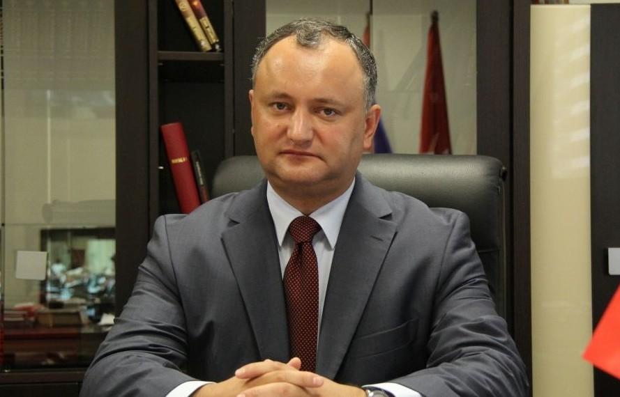 """Igor Dodon, dispus să semneze decretele de demisie a miniștrilor PL: """"De ce să aşteptăm până luni?"""""""