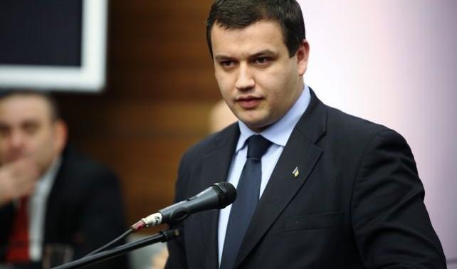 """Eugen Tomac: """"Reținerea lui Dorin Chirtoacă face parte dintr-o tranzacție politică murdară. Dodon suferă ca o lebădă neîmplinită"""""""
